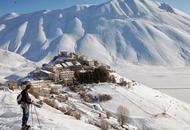 UMBRIA, il terremoto colpisce duramente il più bel paesino d'Italia, Castelluccio di Norcia