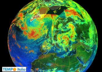 Immagine satellitare di parte del nostro Emisfero. Si nota una certa nuvolosità.