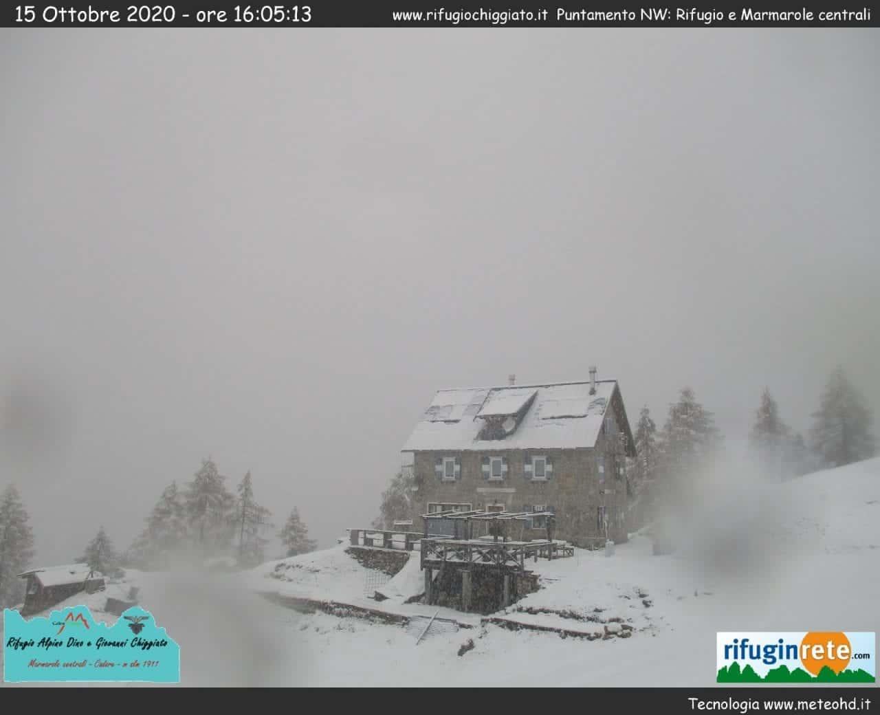 1643343d 0842 42eb 98f0 00127ac4e21e - Veneto, abbondanti nevicate tra le Alpi e le Prealpi: galleria fotografica