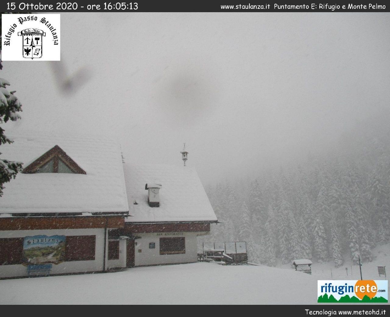 e284a9ba 7e69 4f84 bbd7 ccba8991fd69 - Veneto, abbondanti nevicate tra le Alpi e le Prealpi: galleria fotografica
