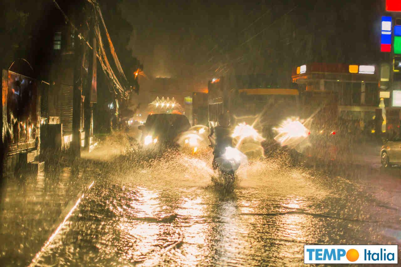 meteo 00315 - Lazio, violenti temporali soprattutto nella zona di Roma
