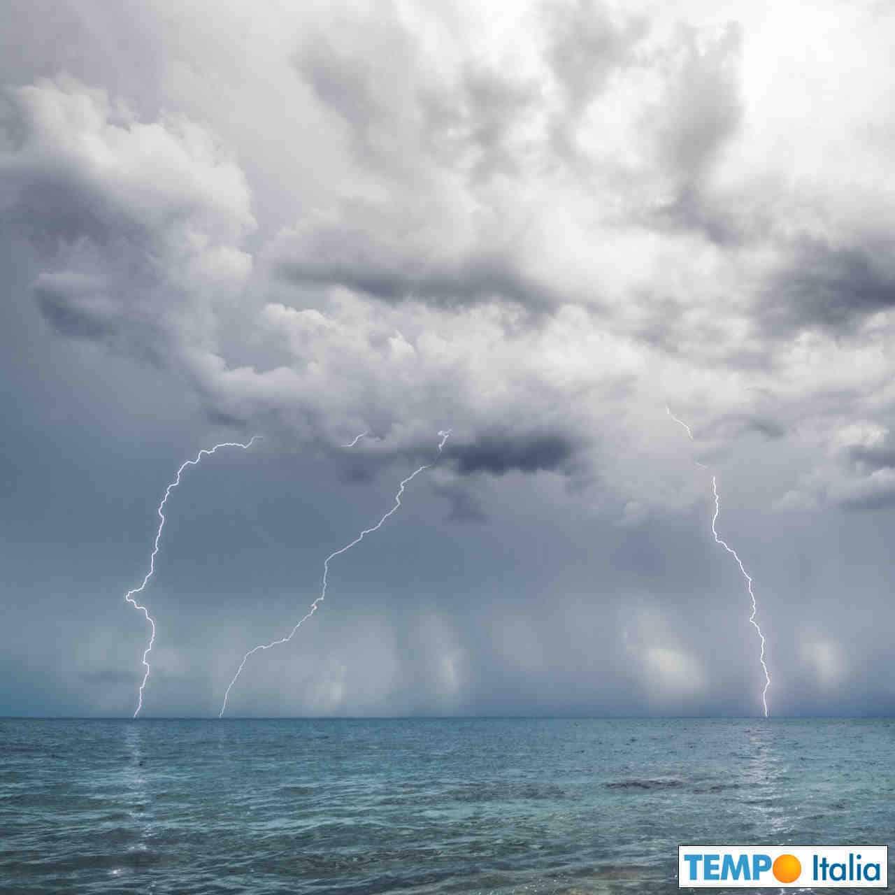 Sono attesi parecchi temporali.