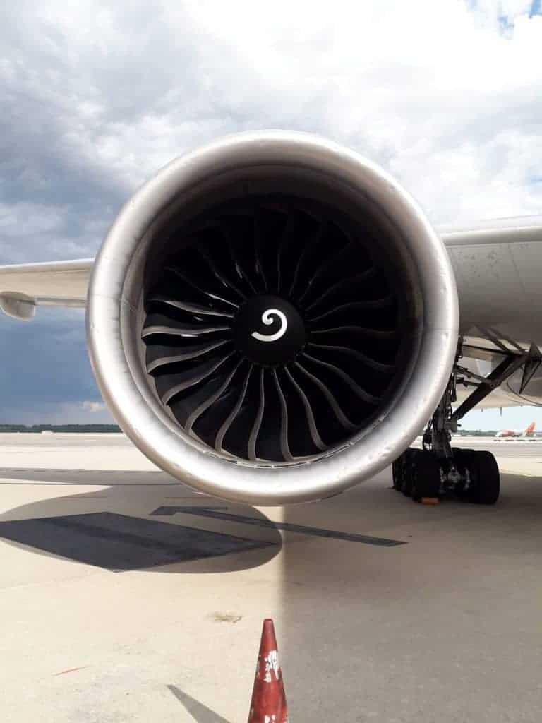 217610758 1214482885685430 8603050401987265923 n - La grandine può abbattere un aereo?