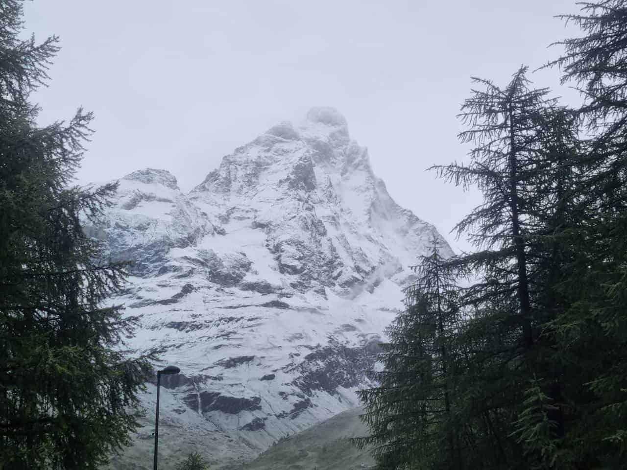 218165223 1000165967453409 5046573683127860762 n - Meteo Valle d'Aosta, la neve imbianca Cervinia in pieno luglio
