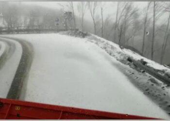 domenica sotto la neve in appenn 350x250 - Timelapse Castelluccio di Norcia - MAGGIO 2021. Video