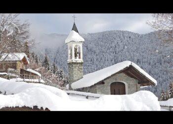 la grande neve di dicembre sulle 350x250 - Timelapse Castelluccio di Norcia - MAGGIO 2021. Video